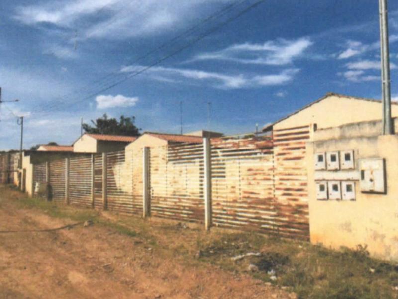 2679 - Casa, Residencial, 2 dormitório(s), 1 vaga(s) de garagem
