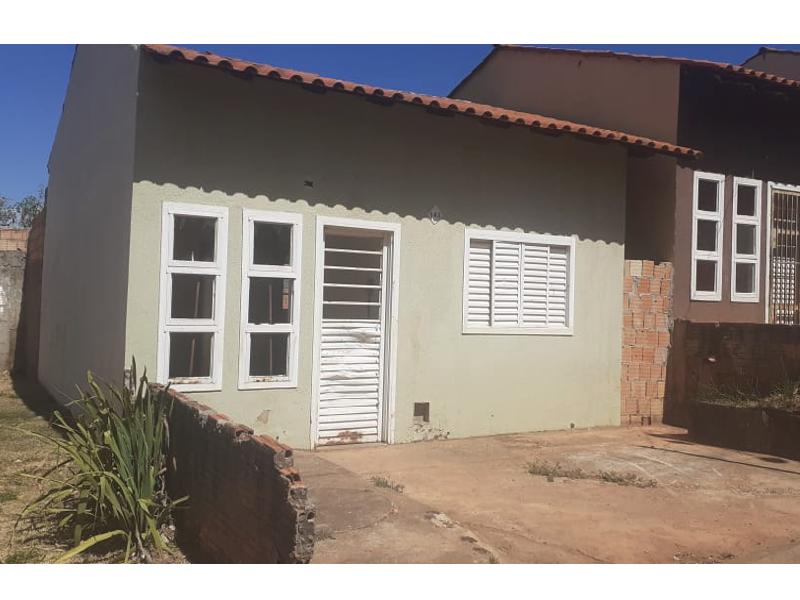 2735 - Casa, Residencial, 2 dormitório(s), 1 vaga(s) de garagem
