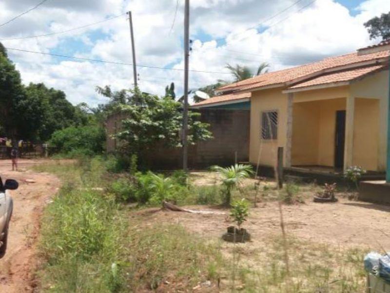 3382 - Casa, Residencial, 2 dormitório(s), 1 vaga(s) de garagem