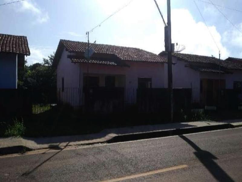 3184 - Casa, Residencial, 2 dormitório(s), 1 vaga(s) de garagem