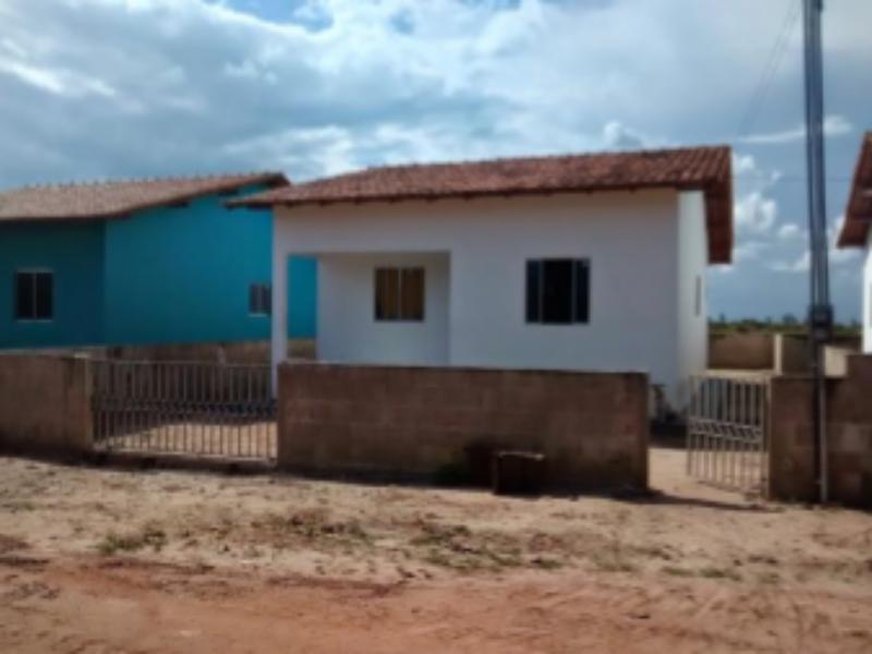 74030 - Casa, Residencial, 4 dormitório(s), 1 vaga(s) de garagem